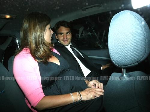 Roger and  Mirka Federer in car